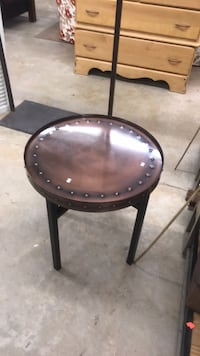 Copper side table Tallahassee, 32303
