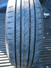 Car tire 185/65 15 only got one