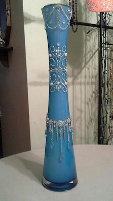 blue and silver table decor