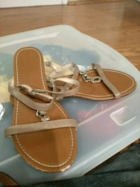 Shoes sandals Size 10 Capitol Heights, 20743