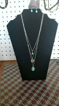 Turquoise necklace and ear rings  Los Lunas, 87031