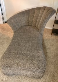 CHAISE LOUNGE In LEOPARD PRINT