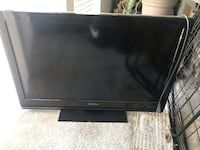 Insignia 32inch tv ( will add wall mount for 10$)NO REMOTE  Gaithersburg, 20877