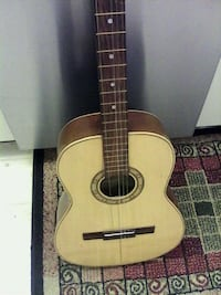 GUITAR NEEDS RESTRINGING EXC FOR MANCAVE DECOR! ONLY $15 LONDONDERRY Edmonton, T5Z 2T1