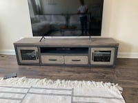 Rustic wood entertainment stand Upper Marlboro, 20772