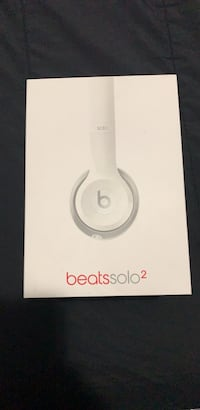 White beats by dr Surrey, V3W 0N5