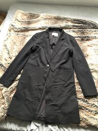 Oak and fort black jacket London, N5X 4A8