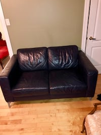 Must go ! Genuine leather love seat  Markham, L3P 6X4