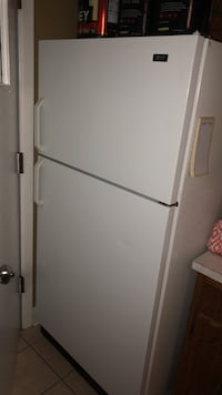 white top-mount refrigerator Justice, 60458