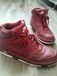 Nike hightops size 12 St. Catharines, L2R 3M2