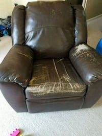 Oversized rocker recliner  Leesburg