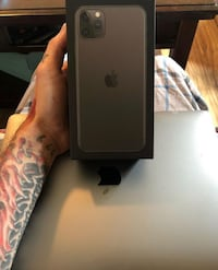 iPhone pro max & MacBook Air/pro 2019 Indianapolis