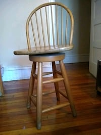Swivel wood   Barstool