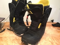 Burton imperial snowboard boots size 9
