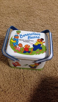 Berenstain Bears tin Dalton, 30720