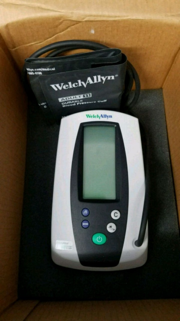 Welch allyn vital sign monitor, pulse oximeter.