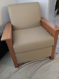 Chair, Ottoman, & Side Table *Solid, quality wood.  Leather material.  Manassas Park, 20111