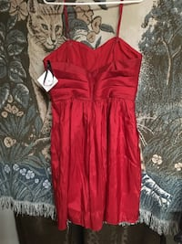 New red formal dress size 14 Portland, 97219