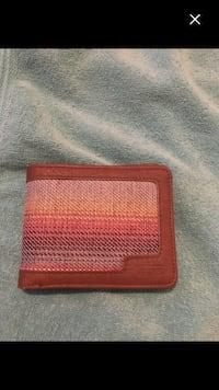 Last chance Brand new vans wallet must sell Montréal, H4E