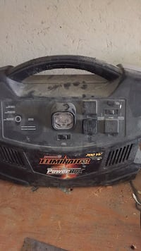Motomaster eliminator 700watt power pack Edmonton, T6R 3S8