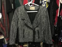 Banana Republic women's jacket. Only worn once. Size 10 Richmond, V6Y