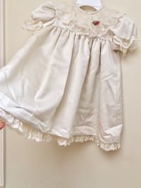 Baby's Ivory white dress size 4T Huntington Station, 11746
