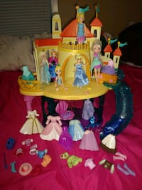 Polly Pocket Dolls Wardrobe and Castle Marion, 78124