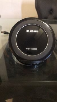 black Samsung wireless charging pad Suitland, 20746