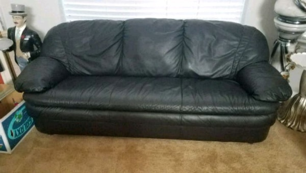 Italian Black Leather Sofa set