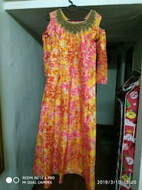 women's red and yellow floral dress New Delhi, 110064
