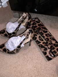 Guess heels (5.5)and with matching clutch  Toronto, M5R 2R5