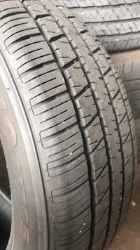 Used tire 235 55 18 (8Thirtyseconds tread) Ellicott City, 21042