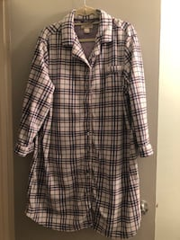Priced to sell! Super soft & cozy button up pj chemise.  Size 1X Edmonton, T6L 6P5