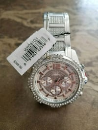 round silver chronograph watch with silver link bracelet Laval, H7M 4V9