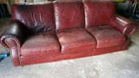 Large leather couch Toronto, M2K 0A6