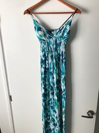 MAXI DRESS SIZE XS Montréal, H4N