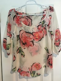 Cream Floral Top, Size Small Oklahoma City, 73170