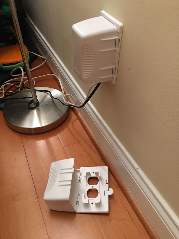 Set of 4, Power socket cover (baby proof)