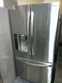 """LG 36"""" Stainless steel French door refrigerator"""