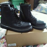 pair of black leather boots Bakersfield, 93307