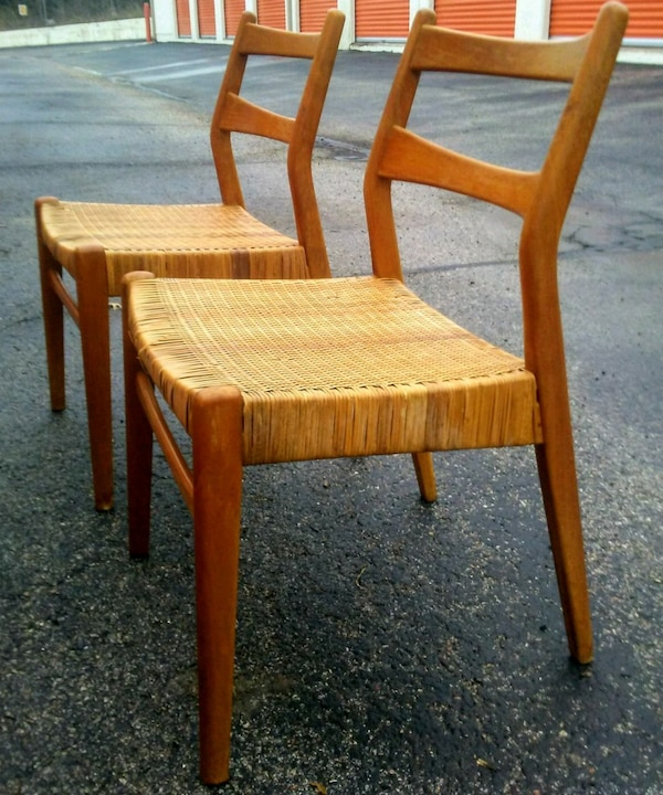 Pair of Mid Century Modern dining chairs