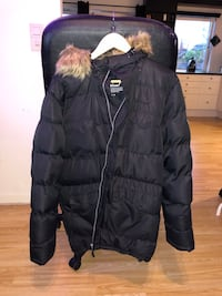 svart zip-up boble jakke 5942 km