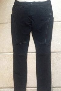 Lola Jeans pick up in laval serious buyers pls Laval, H7B 1E9