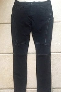 Lola Jeans pick up in laval serious buyers pls