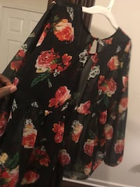 black and red floral sheer blouse Douglasville, 30135