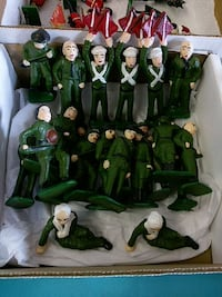 green and white soldiers plastic toy set Greenville, 29607