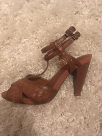 Brown heels size 10 shoes Dallas, 75207