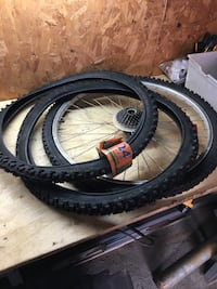 "24"" bike tires  Vaughan, L4L 1S3"