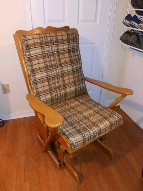 Used Fauteuil A Basculerocking Chairchaise Bercante For Sale In