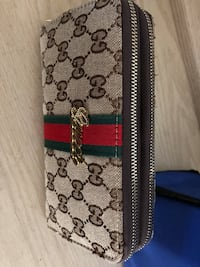 Gucci zippy wallet Richmond Hill, L4E 2W5